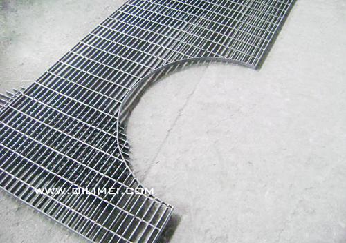 未镀锌的异型钢格板